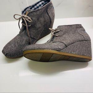 Toms Shoes - TOMS 🗝 desert wedges - herringbone pattern